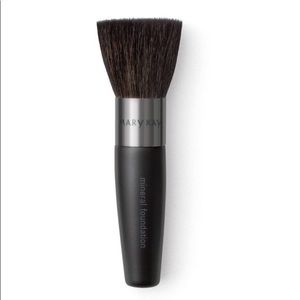 New! 💋 Mineral foundation/powder brush 💋